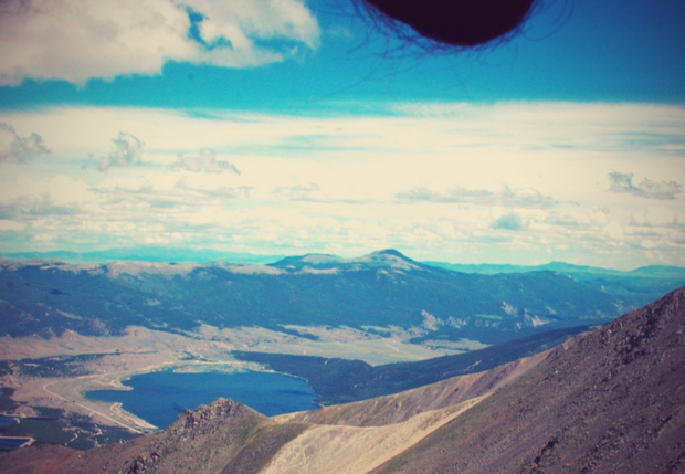 Men-are-taking-photos-of-their-balls-in-front-of-beautiful-landscapes-6